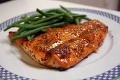 Adventures of a Traveling Phoodista: Broiled Salmon with Peach-Dijon Glaze
