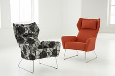 Select - A modern recliner with integrated reclining mechanism. Optional foot stool available.
