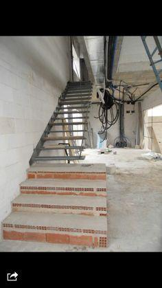 Casa e 08023 arquitectos detalles de la construcci n for Construccion de escaleras metalicas