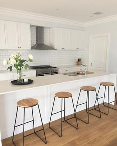 I love a white kitchen. I also love these Kmart stools which I will be getting for our new kitchen 😍 Home Decor Kitchen, Kitchen Interior, New Kitchen, Home Kitchens, Kitchen Ideas, Kitchen Stools, Kitchen Dining, Home Staging, Kitchen Styling