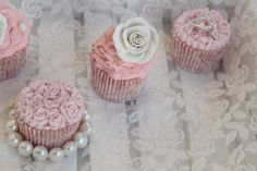 "Passion 4 baking ""Romantic Wedding Cupcakes"