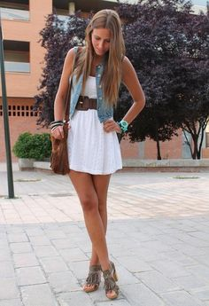 cute outfit, long hair