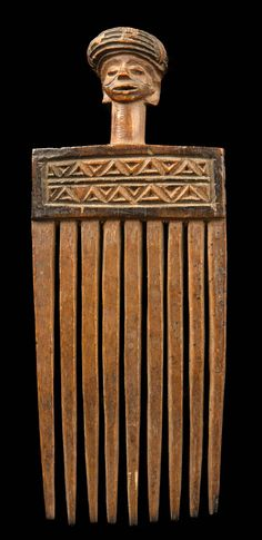 Africa | Comb from the Chokwe people of DR Congo | Wood and black paint