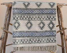 Kantha Quilt / Sari Blanket / Cotton Rug / by JaipurHometextiles Carpet Sale, Rugs On Carpet, Carpets, Buy Carpet, Anthropologie Rug, West Elm Rug, Handmade Baby Quilts, Handmade Bags, Area Rugs For Sale