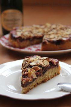 Philo aux fourneaux: Gâteau renversé aux figues & aux amandes Cook N, Sweet Tooth, Muffin, Fruit, Breakfast, Food, Figs, Almonds, Kitchens