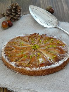 Tarte aux poires et crème de noisettes sur une base de sablé breton
