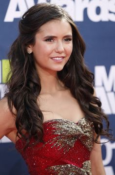 Nina Dobrev | 2011 MTV Movie Awards | June 5, 2011