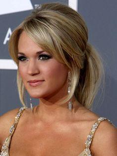 Carrie Underwood - Blonde Messy Updo Hairstyles