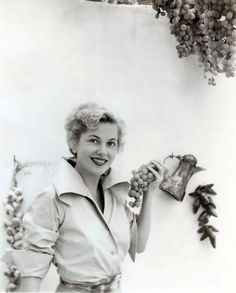 Joan Fontaine - September Affair