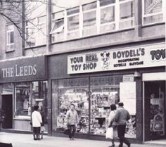 BOLTON has seen hundreds of shops come and go over the years. Bolton England, Bolton Lancashire, Bolton Wanderers, Come And Go, Where The Heart Is, Old Town, Over The Years, Childhood Memories, Vintage Style