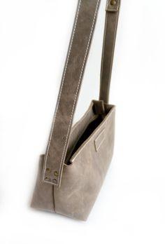 aupe Rectangular Zippered Crossbody Bag