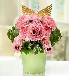 Piggy Flower Pail™- Pigs can fly! Pink carnations and mini carnations gathered to resemble a pig's head and front legs, complete with eyes, ears, nose and hooves This Little Piggy, Little Pigs, Mini Carnations, 800 Flowers, Fresh Flowers, Tout Rose, Mini Pigs, Pig Party, Flying Pig