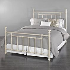 Blake Iron Bed By Wesley Allen Rustic Ivory Finish Twin Wrought