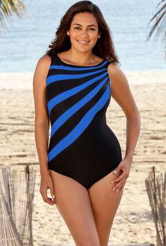 Engineered color blocking breaks up torso and visually slims waist.