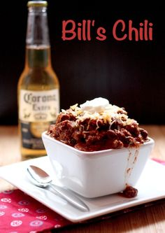 Bill's Chili - aka the BEST CHILI EVER! | cupcakesandkalechips.com | #bacon #tailgaterecipes #beef