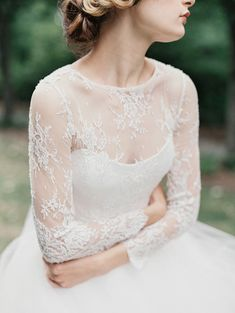 Sareh Nouri Fall 2015 Bridal Collection - photo by Orange Photographie http://ruffledblog.com/sareh-nouri-fall-2015-bridal-collection #weddingdress #bridal