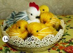 Diy Chicken of woolen yarn – Of course, I love handicrafts Easy Yarn Crafts, Yarn Crafts For Kids, Diy Crafts For Home Decor, Easter Crafts, Halloween Favors, Easy Halloween Crafts, Yarn Monsters, Yarn Bracelets, Yarn Dolls