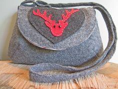 Trachtentasche aus Wollwalk mit einer Hirschapplikazion aus Filz