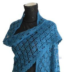 Pavo: scialle in lana e kashmir - un prodotto unico di Umberta_Mesina su DaWanda
