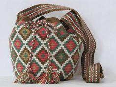 Small Wayuu Bag Tribal Sac Crossbody boho bag by PavanaFit o
