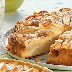 Versunkener Apfelkuchen - Lecker! Mit Zimt, frischem Ingwer und Bourbon Vanille hab ich ihn noch feiner gemacht  - nächstes mal etwas mehr Teig und mehr Mandeln!