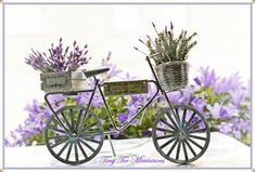 Tiny Ter Miniatures: Bicycles are for summer Bycicle Vintage, Bycicle Art Decoupage Vintage, Decoupage Paper, Lavender Cottage, French Lavender, Foto Transfer, Miniature Plants, Paper Crafts, Diy Crafts, Garden Shop