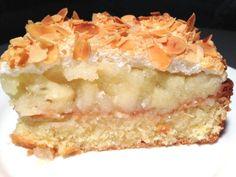 Äppelmarängtårta i långpanna - Gluten Free Desserts, Cookie Desserts, Apple Tv, 5 September, Cake Recipes, Dessert Recipes, Pan Dulce, Swedish Recipes, Cheesecake Bites