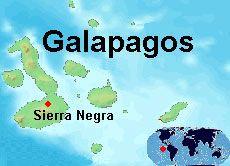 """Seit der Vulkan """"Sierra Negra"""" (Schwarzes Gebirge) am 22. Oktober auf den Galapagos-Inseln ausgebrochen ist, ergießen sich ständig glühende Lavaströme von seinen Hängen. Dabei zerstören sie alles, was ihnen im Weg ist. Ist eines der letzten Naturparadiese der Erde in Gefahr? Das Helle Köpfchen hat zwei Vulkanforscher befragt."""