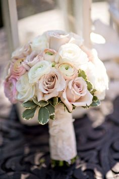 bridal bouquet; photo: B&G PHOTOGRAPHY