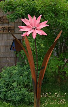 Metal Petals Garden Art ~ Unique Home & Garden Decor~