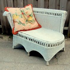 Vintage 1940s WICKER CHAISE / Loung, Chair, Love Seat, Sofa, Settee, Summer Patio Furniture / PREVIEW Listing - by EclectibleParts4U | Liked by Wicker Paradise