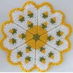 Netten guzel bi model isteğe g Crochet Shawl, Irish Crochet, Knit Crochet, Baby Knitting Patterns, Crochet Patterns, Old Sweater, Sweaters, Craft Bags, Floral Motif