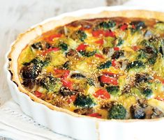 Egy finom Sajtos-zöldséges pite ebédre vagy vacsorára? Sajtos-zöldséges pite Receptek a Mindmegette.hu Recept gyűjteményében! Quiche Muffins, Vegetable Pizza, Recipies, Vegetarian, Paleo, Lunch, Snacks, Vegetables, Eat