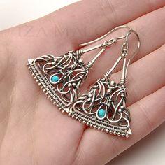 La Blanquilla unique wire-wrapped earrings in by IzaMalczyk