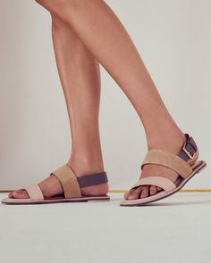 f1abcd90e5915 Flat buckle sandals - Pink