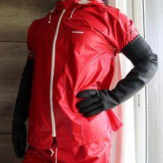 Latex Gloves, Rubber Gloves, Pvc Leggings, Rubber Raincoats, Country Wear, Gloves Fashion, Hunter Rain Boots, Rain Wear, Boots