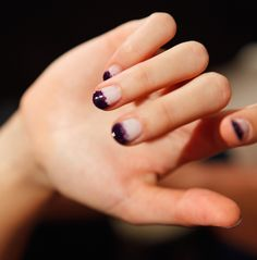 Inky ombre nails.