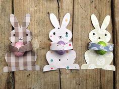 """A Sunday morning with: Coniglietti pasquali stampabili """"Candy Huggers"""" (ovvero gli abbraccia-ovetti)"""