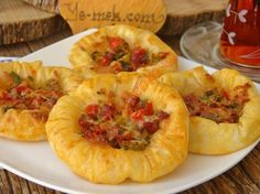 A delicious pastry recipe that you can make up to five teas. Snack Recipes, Cooking Recipes, Snacks, Turkish Recipes, Ethnic Recipes, Phyllo Dough, Carne Picada, Pastry Recipes, Brunch