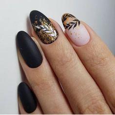 Sensational Golden Punk On Black Matte Nail Art Designs for Prom Spring Nail Art, Spring Nails, Summer Nails, Gold Nail Designs, Nails Design, Matte Black Nails, Matte Almond Nails, Gold Nail Art, Gold Art
