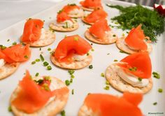 Smoked Salmon, Whipped Cream Cheese on Black Pepper Crackers topped with chives  #appetizers #bitesized #partyfood