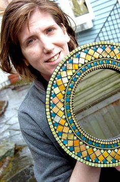 Mosaic Mirrors, Mosaic Art, Mosaic Glass, Indian Home Interior, Stained Glass Lamps, Mosaic Projects, Mosaic Patterns, Creativity, Mary