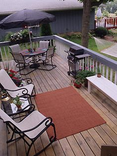 Draußen Best Small Deck Ideas With Lights For Your Outdoor Backyard Plant Small Backyard Decks, Backyard Plants, Backyard Patio, Patio Roof, Deck Furniture Layout, Design Furniture, Furniture Logo, Kitchen Furniture, Kids Furniture