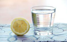 ¡Dijeron que tomar agua de limón por las mañanas era bueno, pero esto fue lo que no te dijeron!   Mi Mundo Verde