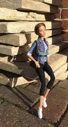 New Kicks 3 (MaxxieJames) Tags: vittoria belmonte doll mattel barbie teresa made move fashion fashionista clothes