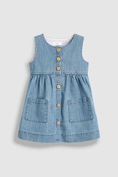 Pretty girls' dresses in denim, skater & midi styles to add to her everyday wardrobe. Girls Frock Design, Baby Dress Design, Kids Frocks Design, Baby Frocks Designs, Baby Girl Frocks, Frocks For Girls, Little Girl Dresses, Girls Dresses, Midi Dresses