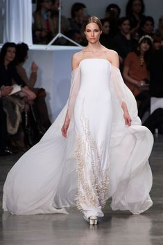Stephane Rolland - Haute Couture - Spring 2013 - Spring 2013's Most Beautiful Haute Couture Gowns - StyleBistro