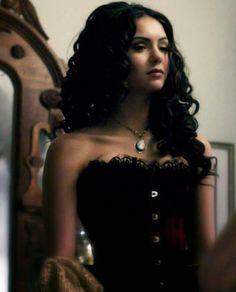 The Vampire Diaries The Vampire Diaries, Vampire Diaries Poster, Vampire Love, Vampire Diaries Wallpaper, Vampire Diaries The Originals, Katharina Petrova, Divas, Carmilla, Fantasy Characters
