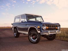 """Search """"ford bronco ii"""" related products, page 1 Old Ford Bronco, Ford Bronco For Sale, New Bronco, Early Bronco, Classic Bronco, Classic Ford Broncos, Classic Trucks, Classic Cars, Broncos Pictures"""