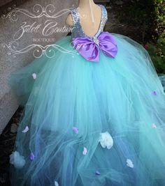 Niña de las flores vestido de encaje gran arco por ZulettCouture